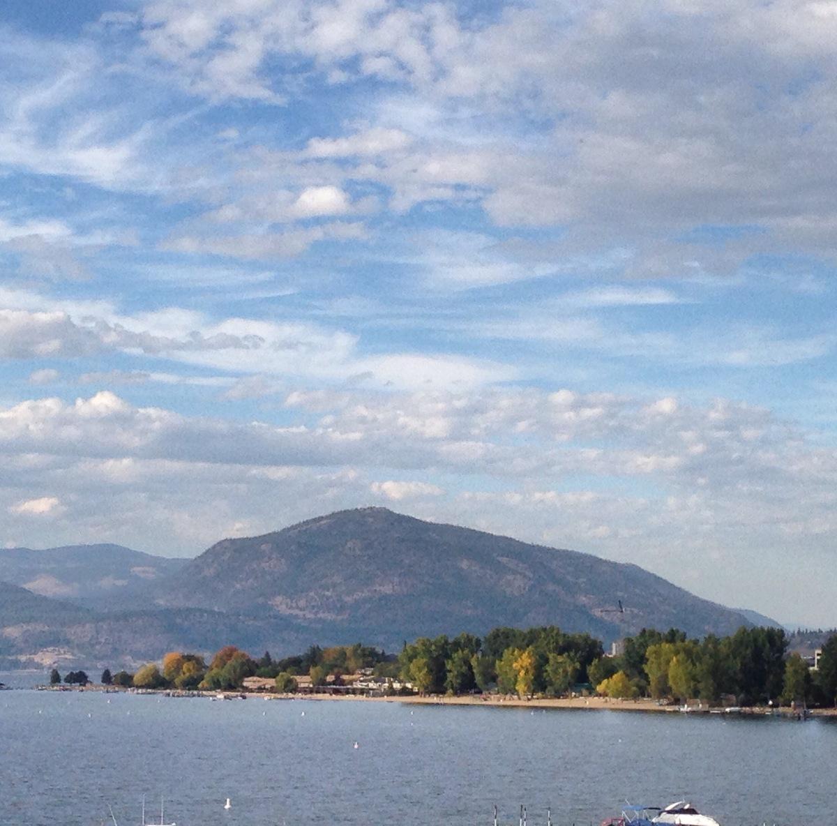Hotel Eldorado: A Lakefront Postcard from Kelowna