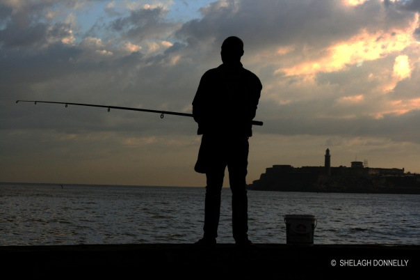 malecon-fishing-overlooking-castillo-el-morro-17-4403-copyright-shelagh-donnelly