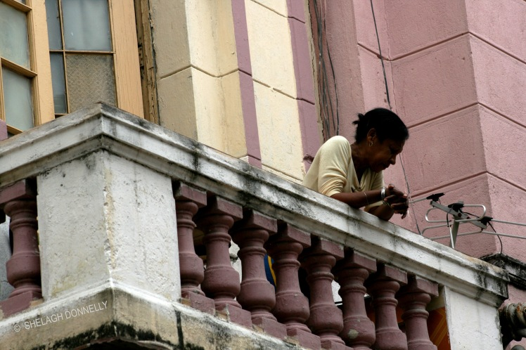 on-the-balcony-havana-17-3707-copyright-shelagh-donnelly