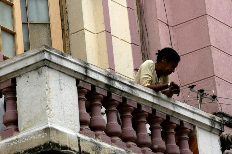 on-the-balcony-havana-17-3707-copyright-shelagh-donnelly