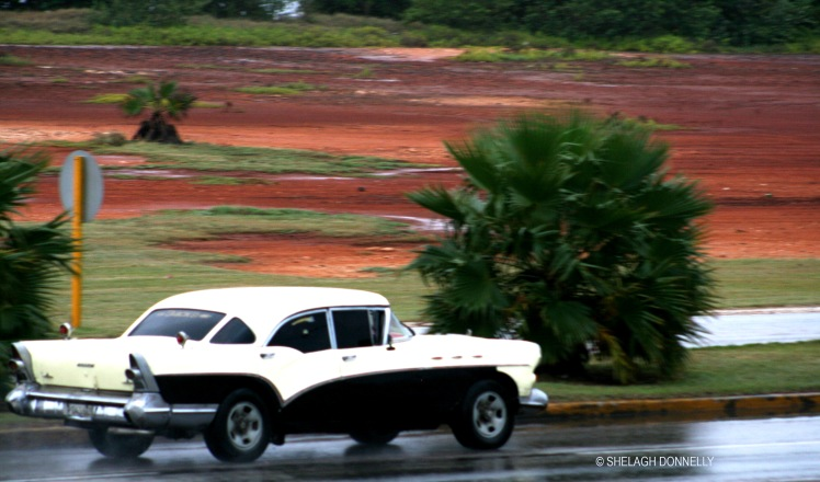 rainy-day-cars-varadero-17-3571-copyright-shelagh-donnelly