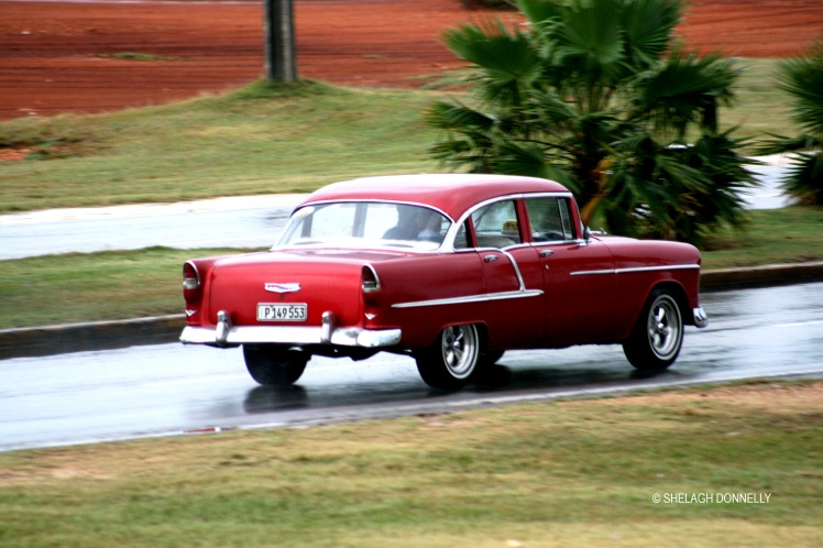 rainy-day-vintage-car-varadero-17-3580-copyright-shelagh-donnelly