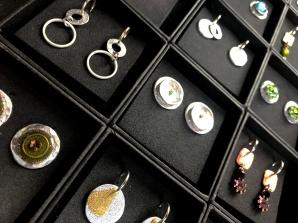 17_8472Lucas Blaton Belgium - earrings Copyright Shelagh Donnelly